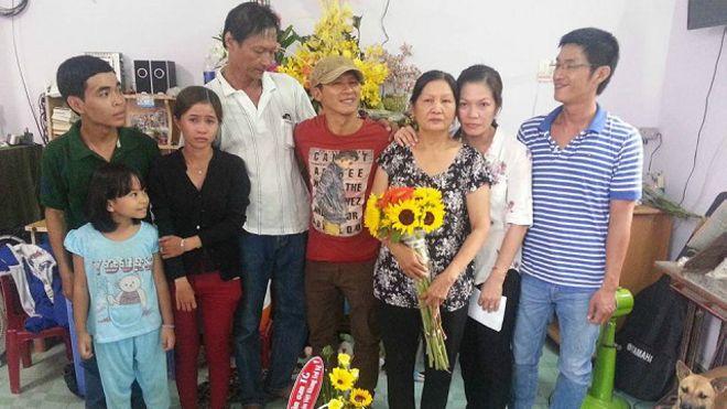 151214110725_vietkhang_composer_640x360_facebookvietquan_nocredit.jpg