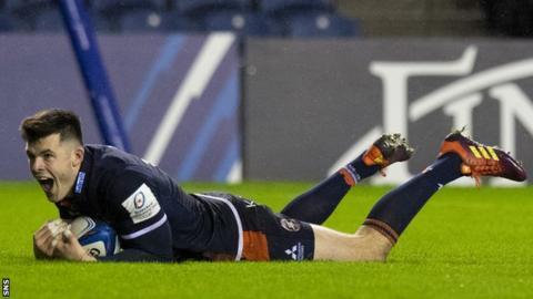 Blair Kinghorn scores a try for Edinburgh against Newcastle Falcons