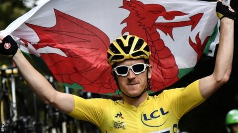 Geraint Thomas with the Wales flag