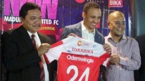 Osaze Odemwingie Reveals His Future Plans Following Comeback Indonesian Move