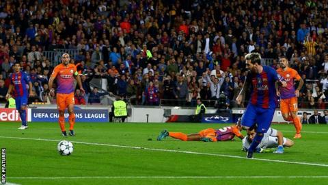 Lionel Messi scores