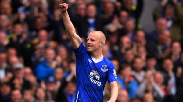 Everton 3-1 Chelsea: Roberto Martinez proud of Steven ...