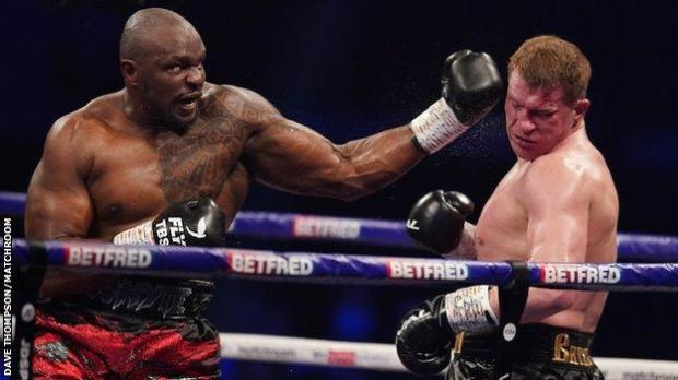 A heavy left hook ended the contest in round four and gave Whyte his 28th win in 30 fights