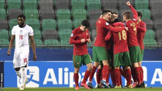 Portugal players celebrate Dany Mota's opening goal