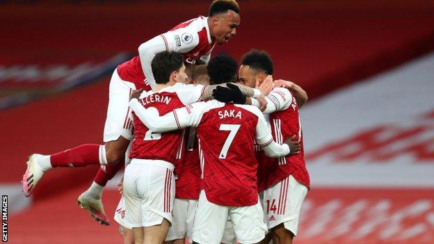 Arsenal celebrate victory