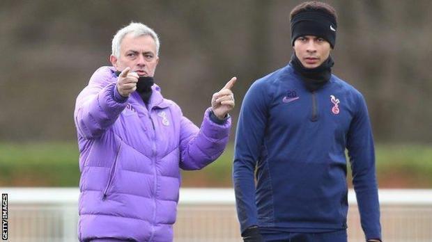 Jose Mourinho (left) and Dele Alli