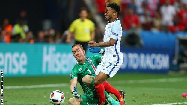 Hannes Halldorsson fouls Raheem Sterling, Euro 2016.