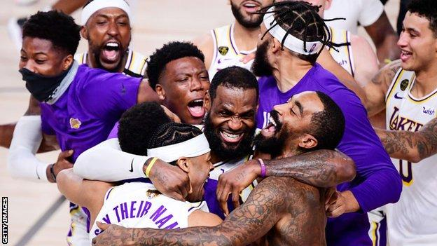 Los Angeles Lakers win the play-offs