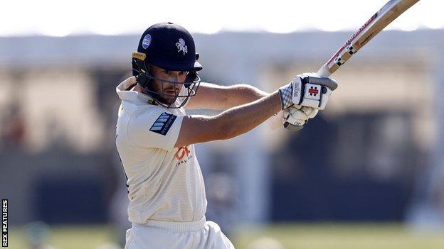 Ollie Robinson batting for Kent