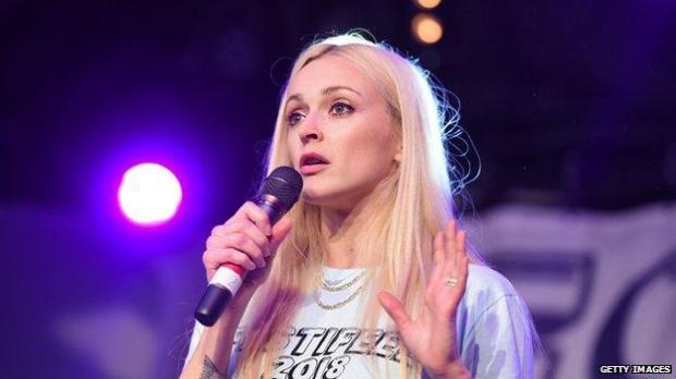 Fearne Cotton speaks on microphone