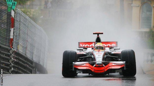 Lewis Hamilton wins the Monaco Grand Prix in the wet in 2008