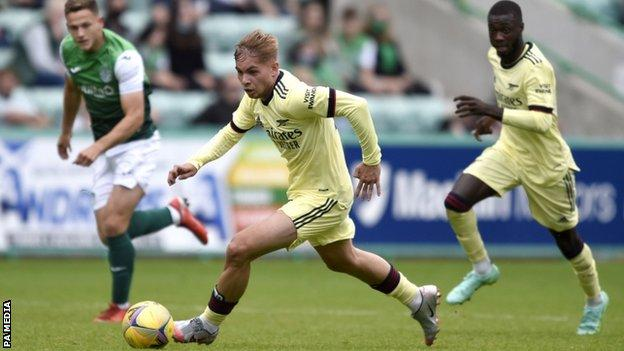 Emile Smith Rowe during Arsenal's friendly against Hibs