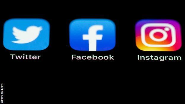 English football to boycott social media