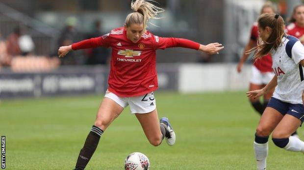 Alessia Russo playing for Manchester United