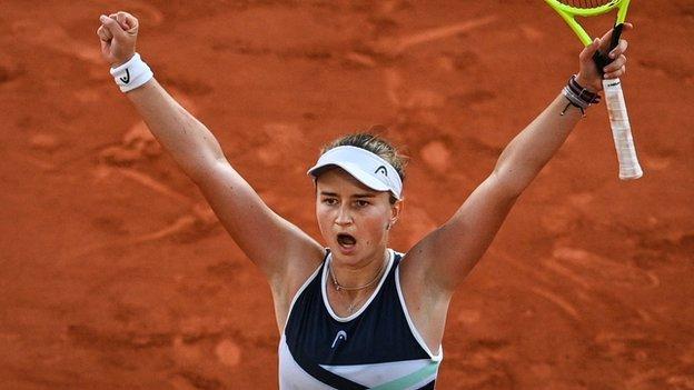French Open 2021: Barbora Krejcikova to meet Anastasia Pavlyuchenkova in  final - BBC Sport