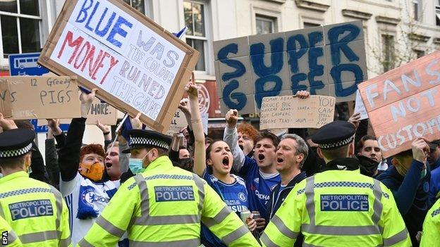 Chelsea fans protest against their club signing up to play in the ESL