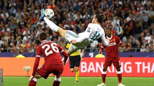 foot ball Gareth Bale scores against Liverpool in the 2018 Champions League final