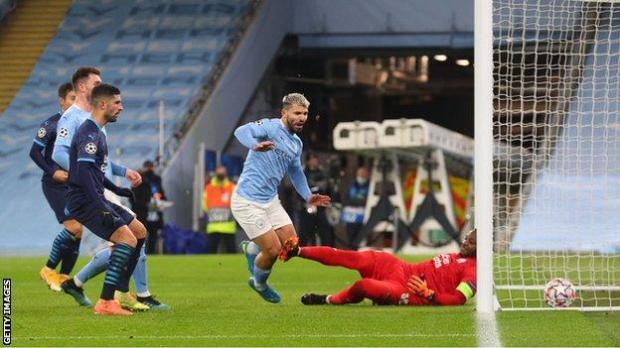 Sergio Aguero scores against Marseille