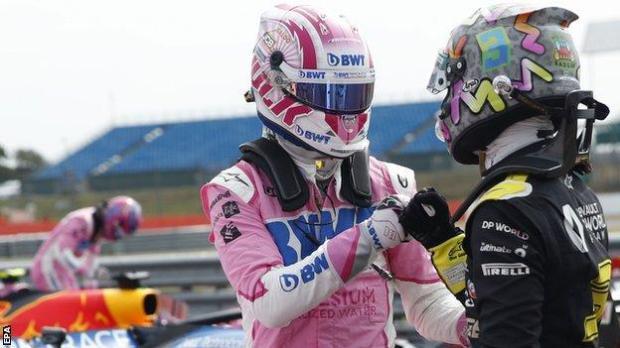 Nico Hulkenberg and Daniel Ricciardo fist bump after qualifying