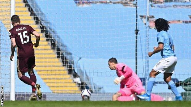 Stuart Dallas scores for Leeds United at Premier League leaders Manchester City