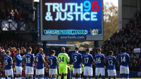 Hillsborough: Everton in emotional tribute - BBC Sport