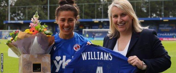 Reading midfielder Fara Williams (left) poses with Chelsea manager Emma Hayes before her final WSL game