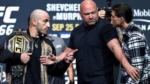 Alexander Volkanovski, Dana White and Brian Ortega before UFC 266