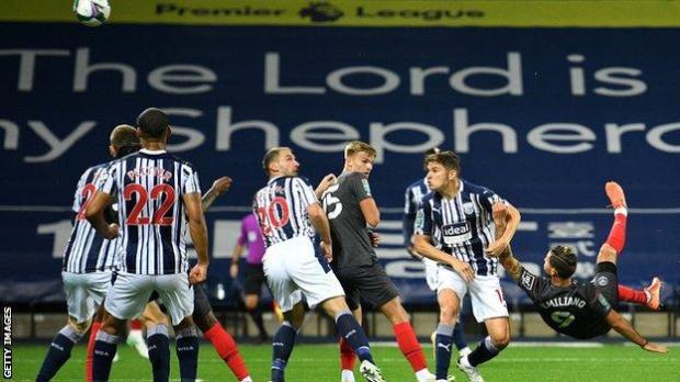 Emiliano Marcondes scores for Brentford