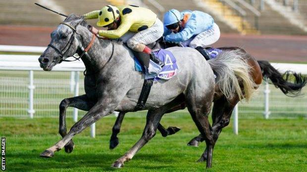 Fujaira Prince holds off Glencadam Glory