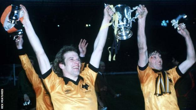 Wolverhampton Wanderers players Andy Gray and John Richards celebrate the club winning the League Cup final in 1980