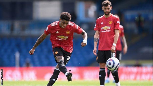 Man Utd held by stubborn Leeds