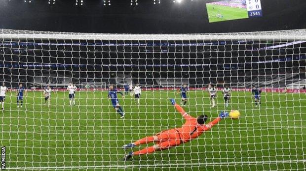 Jorginho scores Chelsea's winner at Tottenham