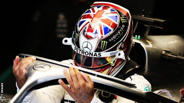 Lewis Hamilton Union Jack helmet design