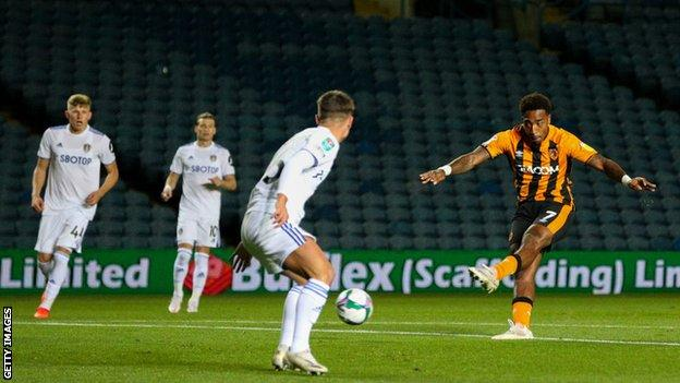 Mallik Wilks scores for Hull City