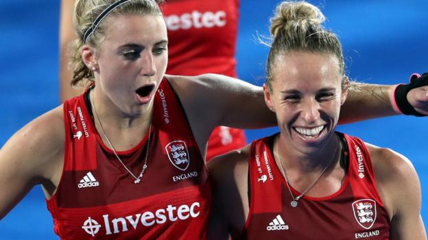 England beat Ireland to stay in World Cup - highlights & report
