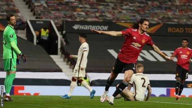 Manchester United v Roma