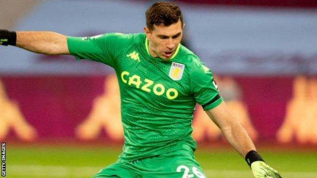 Aston Villa goalkeeper Emiliano Martinez