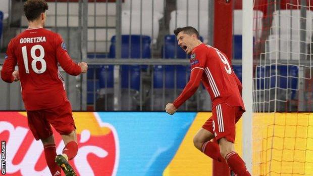 Robert Lewandowski celebrates scoring for Bayern