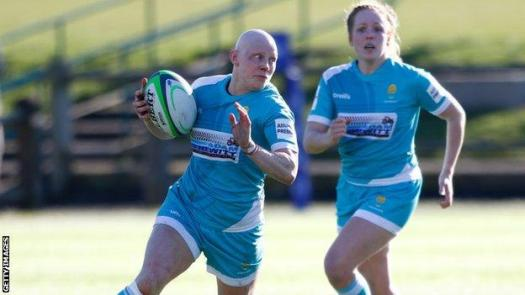Heather Fisher playing for Worcester in February 2021