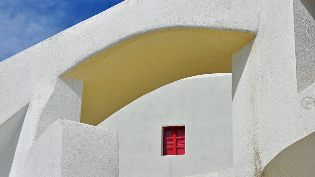 Emporio, Santorini, doorway, Greek islands (Credit: Amanda Ruggeri)