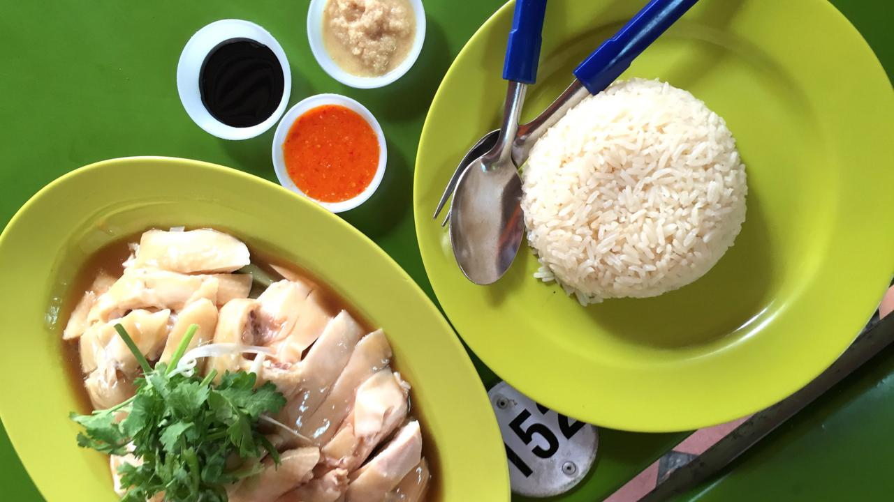 Tian Tian is renowned for its Hainanese chicken rice (Credit: Credit: David Farley)