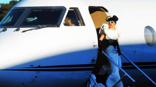BBC - Capital - How to catch a ride on a private plane