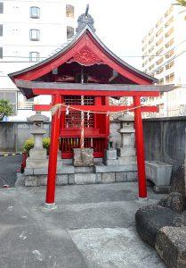 淀橋市場稲荷神社