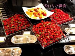 イチゴ探偵|ザ・テラスで【あまおう】【さちのか】【とちおとめ】食べ放題!ウェスティンホテル東京のストロベリーデザートブッフェ