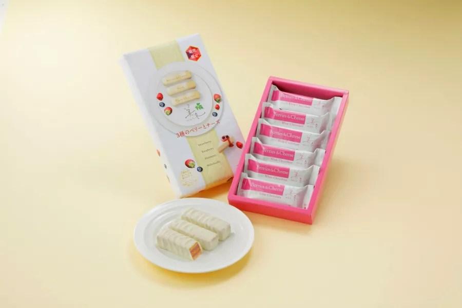 イチゴ探偵 3種のベリーとレアチーズ仕立てのミルフィーユ菓子「美冬(みふゆ)」限定販売!