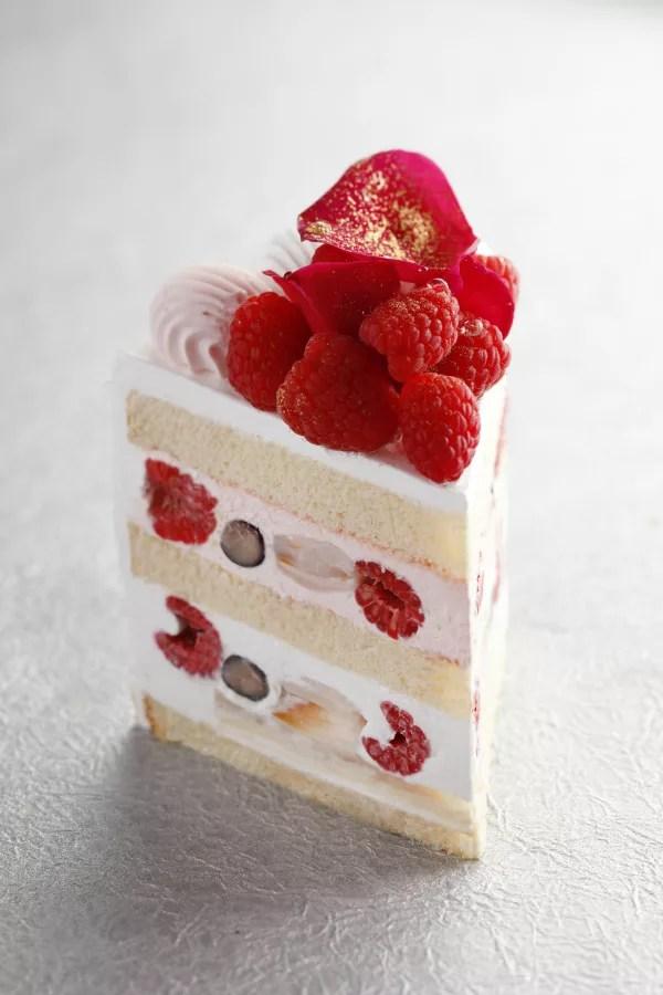 ホテルニューオータニ『エクストラスーパーイスパハンショートケーキ』ピエールエルメパリ開業20周年記念で販売