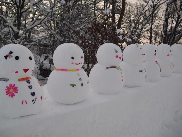 雪だるま 作り方 鼻 口