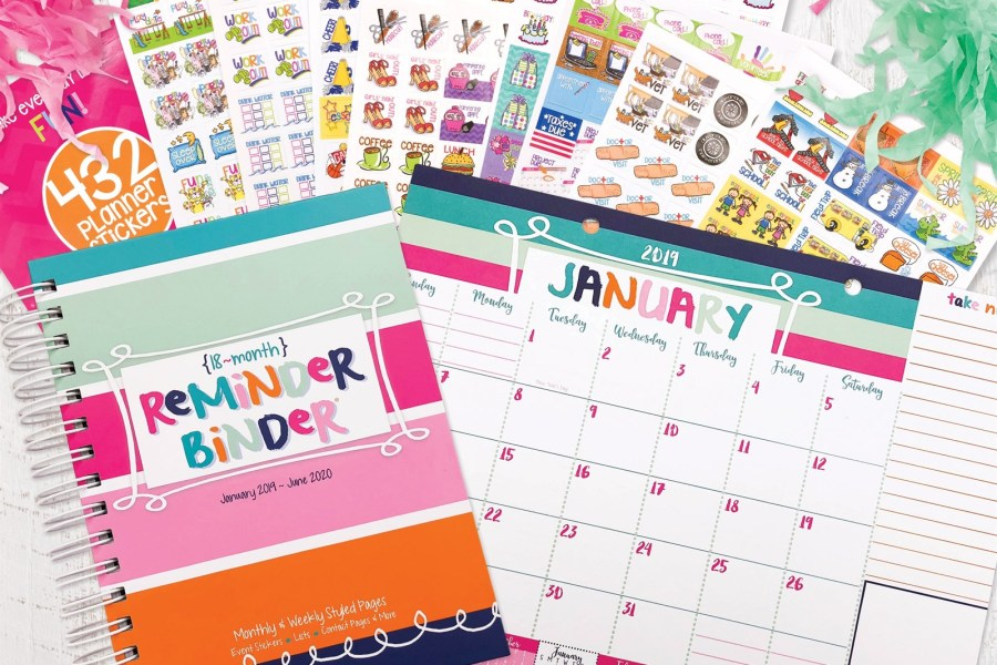 "This amazing planner set is a no-brainer with this deal! Get an 18-month ""Reminder Binder"" planner, desk calendar, and a set of stickers! #planner #plannergirl #ichoosejoyblog #organization"