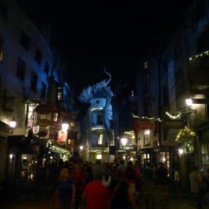 Winkelgasse bei Nacht