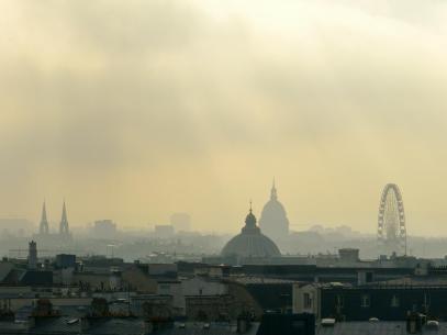 Paris im Dunst